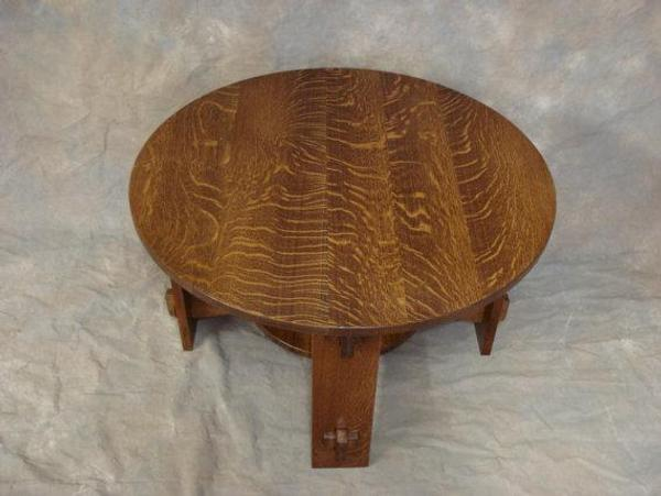 round quartersawn oak mission wedged tennon coffee table